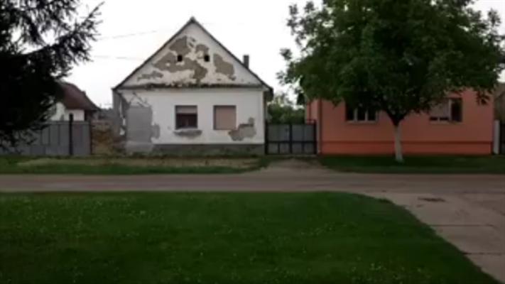 Zastrašujuće: Udar groma u Novoj Gajdobri! (VIDEO)