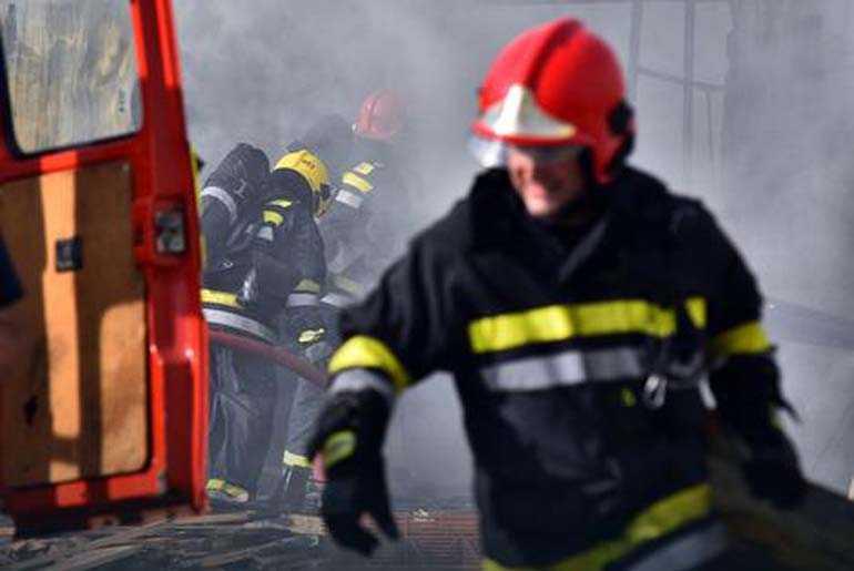 Vatrogasci ugasili požar kod baka Dare (66), a onda je policija Daru uhapsila