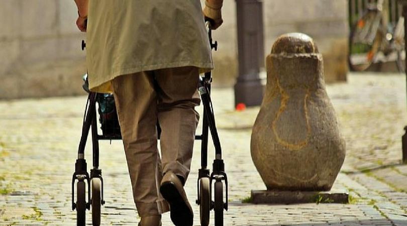 Penzioneri će moći da napuste kuće TRI DANA NEDELJNO po pola sata