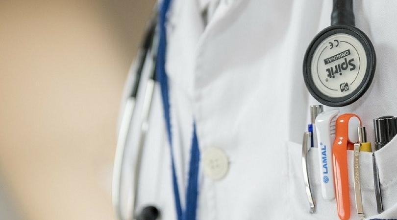 Lekari traže status službenog lica