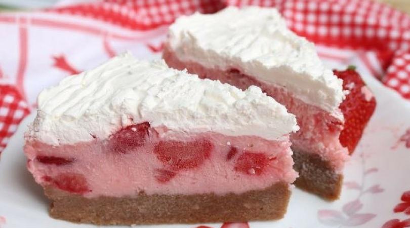 Voćna lepotica: Kremasta torta bez brašna i pečenja