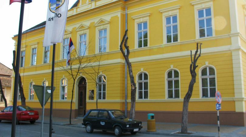 Ugostitelji u Baču oslobođeni plaćanja zakupa javne površine za letnje bašte