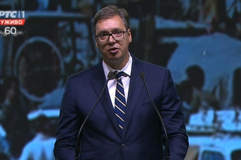 Vučić za RTS: Na dnevnim nivou razmatramo mere, izolacija od petka do ponedeljka