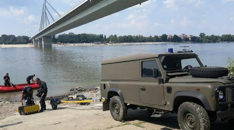 Žandarmerija u potrazi za devojkom koja je u subotu skočila sa Mosta slobode