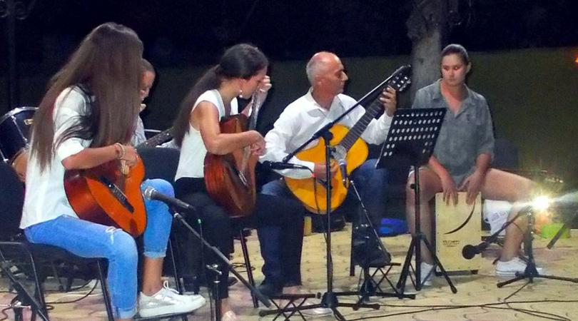 Letnji akordi u Veljkovoj bašti