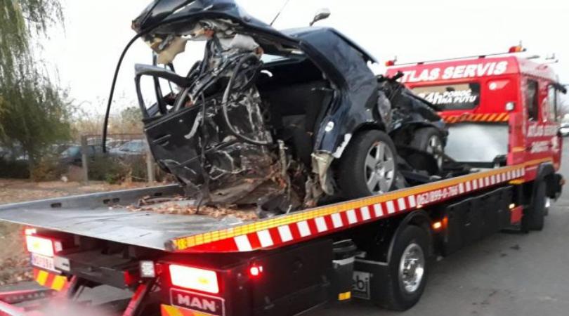 Poginuo policajac iz Čelareva, suvozač u kritičnom stanju