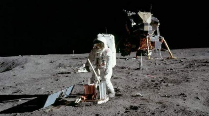 Na Mesecu nismo pronašli nikakve ljudske tragove! Gde ste tačno sleteli?