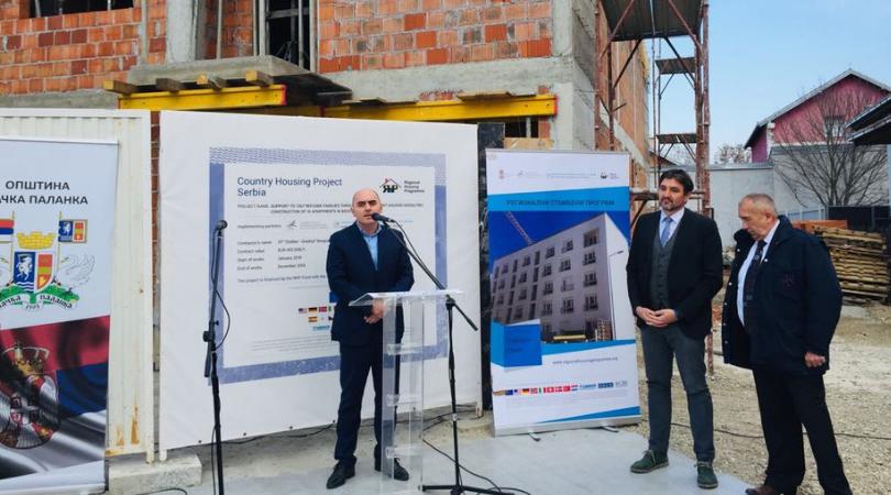 Obilazak radova na izgradnji 16 stanova za izbeglice u Bačkoj Palanci