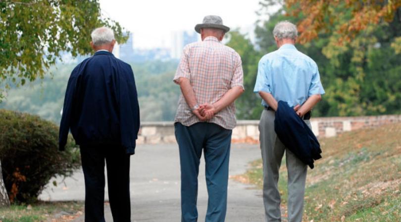 Bač: Podela paketa penzionerima sa primanjima manjim od 30.000 dinara