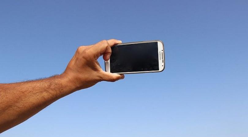 Više od 250 ljudi poginulo je praveći selfi