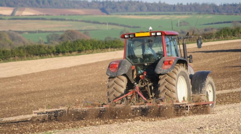 Bespovratna sredstva za nabavku mašina za poljoprivrednike