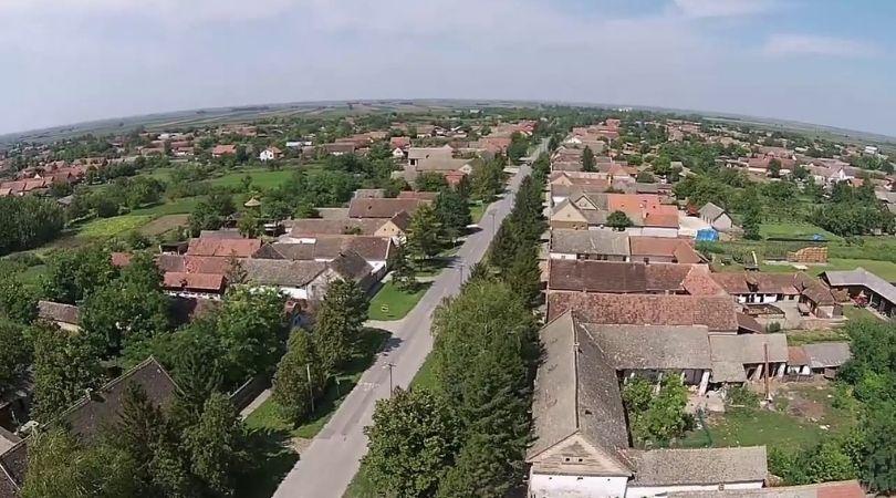 Iz Pivnica odlaze cele porodice – i mladi i stari