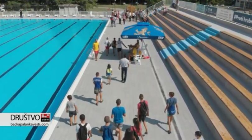 Otvoren bazen u Bačkoj Palanci (VIDEO)