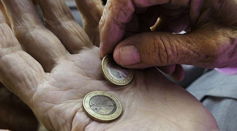 Neizvesna budućnost penzionog sistema u Srbiji