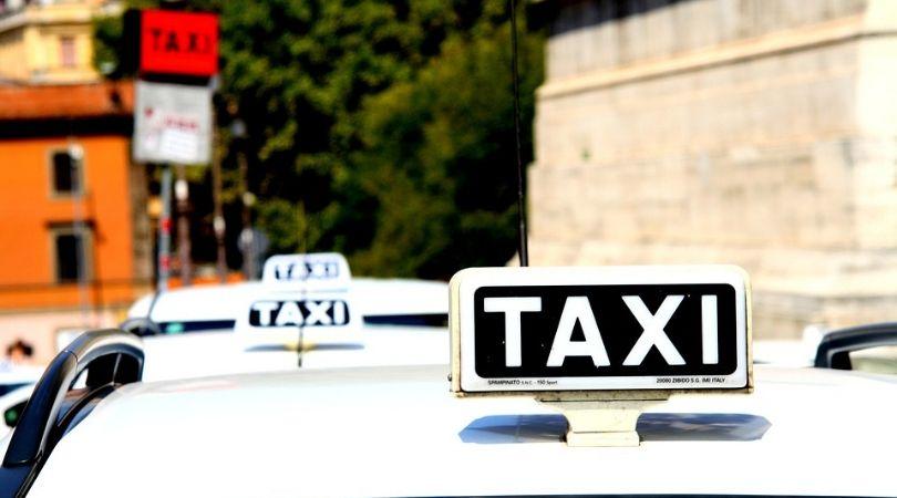Odluka o javnom prevozu u Palanci: Ista obeležja za sva taksi vozila