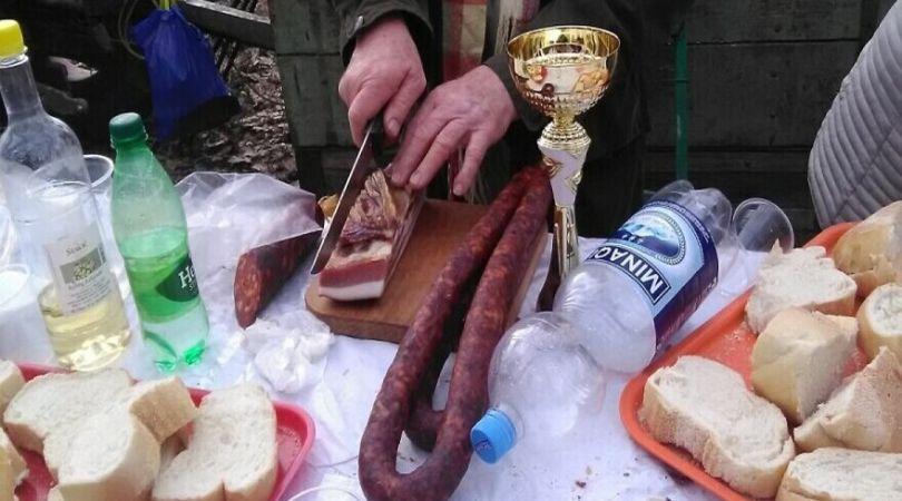 Bačkopalančani napravili pobedničke kobasice