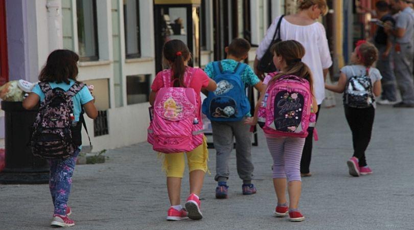 Stručnjaci: Uvesti empatiju kao predmet u školama