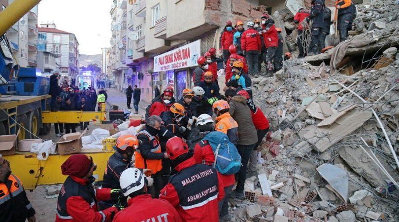 Broj mrtvih u zemljotresu u Turskoj porastao na 29