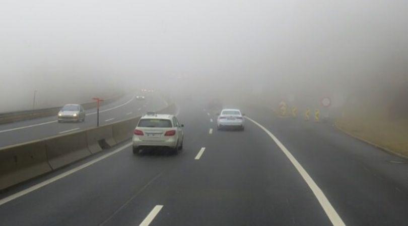 Magla na putevima smanjuje vidljivost ispod 100 metara