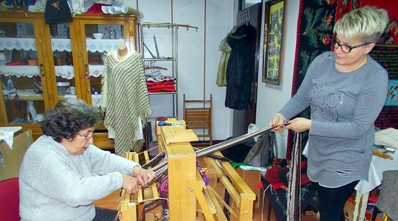 Bačka Palanka: Obuka tkanja za sve zainteresovane žene