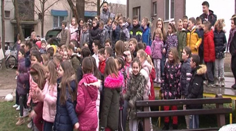 Deca iz Odžaka snimila spot podrške obolelom muzičaru Dušanu Kojiću-Koji (VIDEO)
