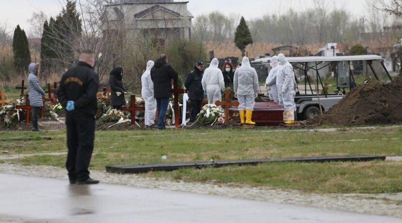 Ograničen broj ljudi na sahranama