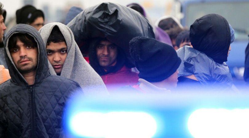 Vučić naredio vojsci da odmah zaštiti građane Šida od migranata