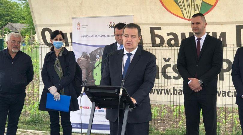 Stanovi za izbeglice u Bačkom Petrovcu (VIDEO)