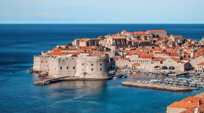 Od ponoći nove mere za ulazak u Hrvatsku, spremite se za karantin