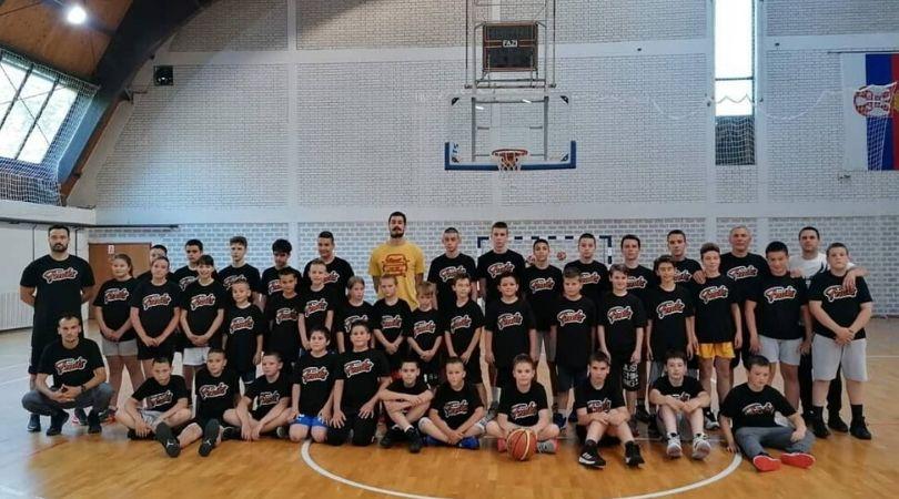 "Reprezentativac Nikola Kalinić trenirao sa igračima KK ""Feniks""-a"