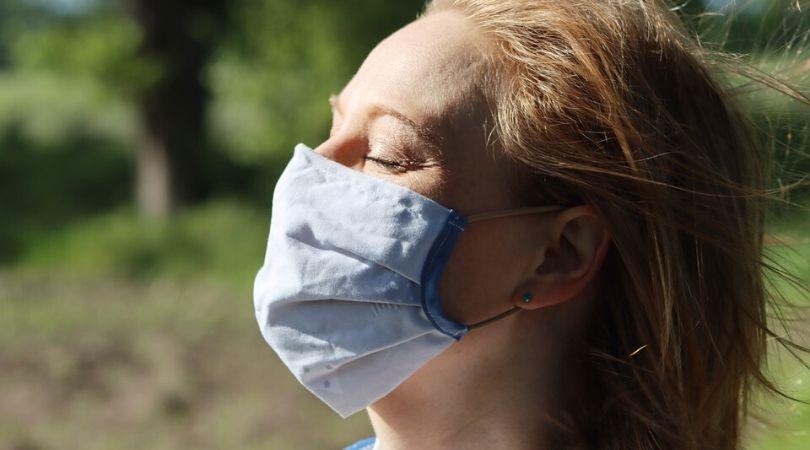 Zašto je maska postala obavezan komad u vašem garderoberu