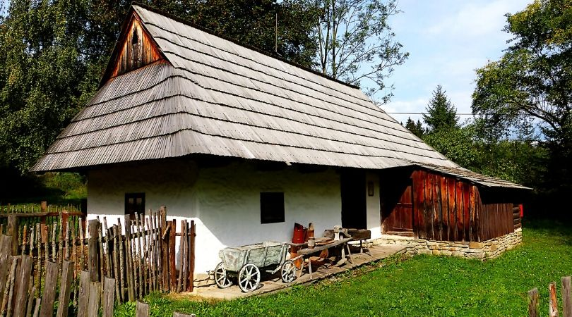Otvoren konkurs za kupovinu seoskih kuća u opštini Bač